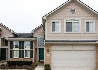 Pre Foreclosure in Flat Rock 48134 MCCORT DR - Property ID: 1804192883