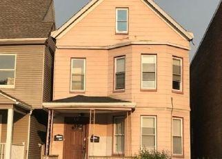 Pre Foreclosure in East Orange 07018 SANFORD ST - Property ID: 1804932617