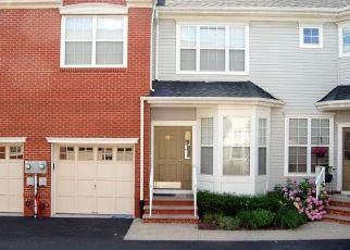 Pre Foreclosure in Parsippany 07054 CROWN POINT RD - Property ID: 1805064888