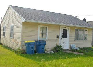 Pre Foreclosure in Mishawaka 46544 BERLIN AVE - Property ID: 1805439790