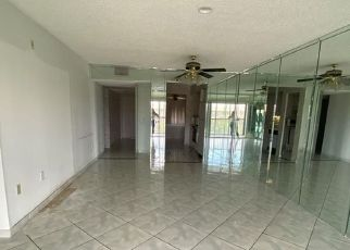 Pre Foreclosure in Hollywood 33027 SW 15TH ST - Property ID: 1805780978