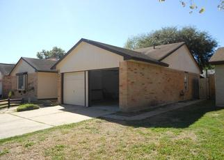 Pre Foreclosure in Humble 77338 OAK LIMB CT - Property ID: 1806481730