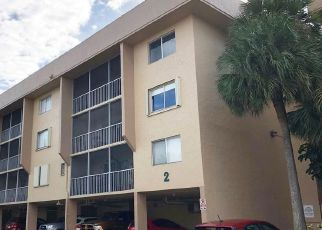 Pre Foreclosure in Hialeah 33015 NW 67TH AVE - Property ID: 1809517766