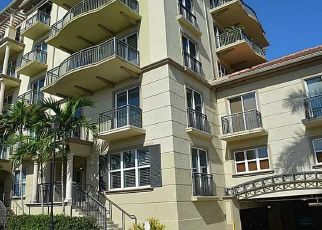 Pre Foreclosure in Fort Lauderdale 33334 NE 14TH AVE - Property ID: 192914573