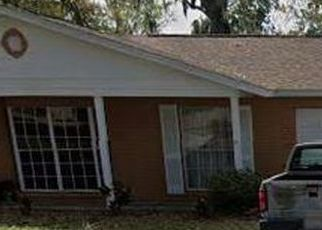Pre Foreclosure in Tampa 33615 SHENANDOAH CT - Property ID: 241199897