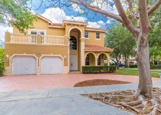 Pre Foreclosure in Hialeah 33016 NW 163RD TER - Property ID: 287012854