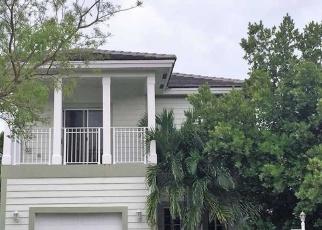 Pre Foreclosure in Homestead 33033 NE 4TH ST - Property ID: 308727595