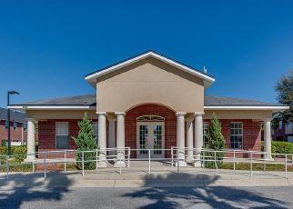Pre Foreclosure in Jacksonville 32225 LANDAU RD - Property ID: 325743770