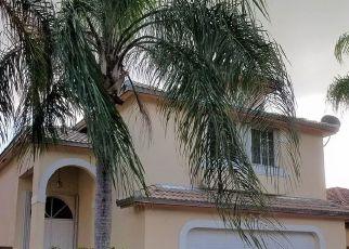 Pre Foreclosure in Miami 33196 SW 100TH TER - Property ID: 366339122