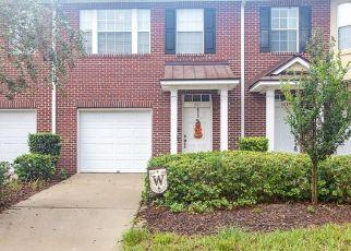 Pre Foreclosure in Jacksonville 32225 LANDAU RD - Property ID: 383483630