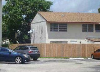 Pre Foreclosure in Miami 33193 SW 82ND LN - Property ID: 453168346