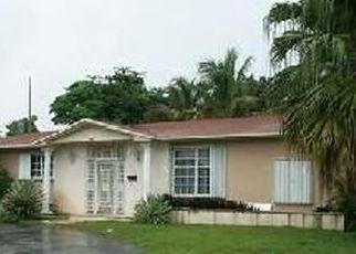 Pre Foreclosure in Miami 33161 S SPUR DR - Property ID: 457269541
