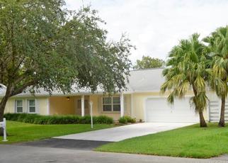 Pre Foreclosure in Miami 33196 SW 144TH TER - Property ID: 473016906
