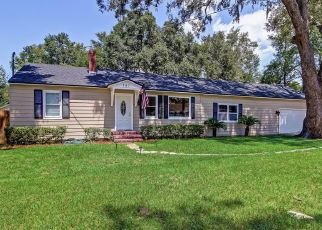 Pre Foreclosure in Jacksonville 32208 W 66TH ST - Property ID: 496964436