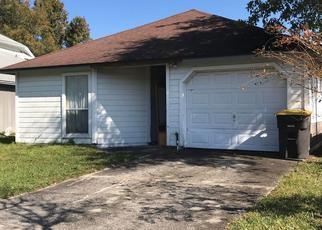 Pre Foreclosure in Jacksonville 32244 NEWGATE CIR E - Property ID: 529240494