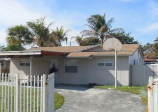 Pre Foreclosure in Fort Lauderdale 33314 SW 56TH AVE - Property ID: 562922893