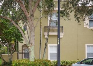 Pre Foreclosure in Boynton Beach 33426 LAKE MONTEREY CIR - Property ID: 586504274