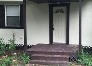 Pre Foreclosure in Tampa 33610 E DIANA ST - Property ID: 587268546