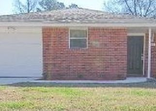 Pre Foreclosure in Jacksonville 32210 OLD MIDDLEBURG RD N - Property ID: 593510551
