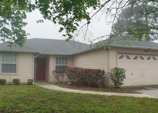 Pre Foreclosure in Jacksonville 32244 GREAT VALLEY TRL - Property ID: 752076402
