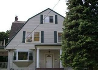 Pre Foreclosure in New Rochelle 10805 CIRCUIT RD - Property ID: 765035623