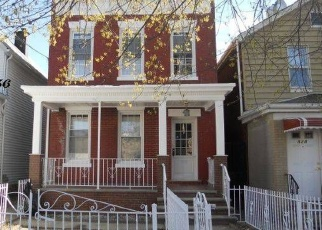 Pre Foreclosure in Bronx 10462 RHINELANDER AVE - Property ID: 770207658