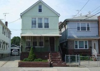 Pre Foreclosure in Ozone Park 11417 SUTTER AVE - Property ID: 771467263