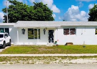 Pre Foreclosure in Miami 33179 NE 213TH TER - Property ID: 781484164