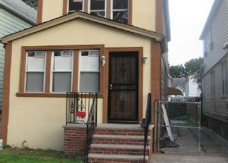 Pre Foreclosure in Saint Albans 11412 115TH AVE - Property ID: 865767897