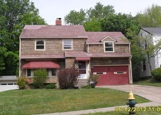 Pre Foreclosure in Cleveland 44121 NEVILLE RD - Property ID: 884277994
