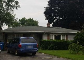 Pre Foreclosure in Midlothian 60445 144TH ST - Property ID: 900771654