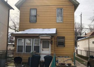 Pre Foreclosure in Staten Island 10310 CARY AVE - Property ID: 904964370