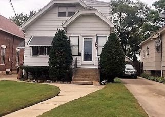 Pre Foreclosure in Lansing 60438 INDIANA AVE - Property ID: 905209189