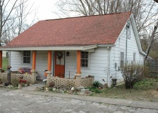 Pre Foreclosure in Louisville 40299 TUCKER STATION RD - Property ID: 907897933