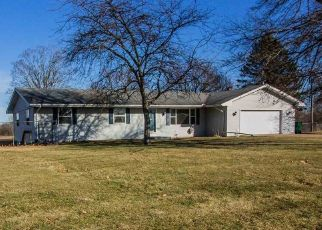 Pre Foreclosure in South Bend 46614 LAYTON RD - Property ID: 929934135