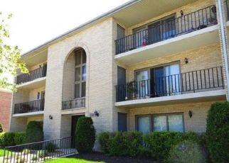 Pre Foreclosure in Chicago Ridge 60415 CENTRAL AVE - Property ID: 930093568