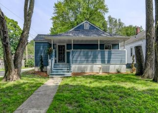 Pre Foreclosure in Springfield 62704 S PARK AVE - Property ID: 934049344
