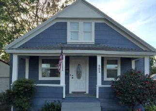 Pre Foreclosure in Lodi 95240 N CHURCH ST - Property ID: 93770398