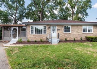 Pre Foreclosure in Louisville 40211 PACIFIC CT - Property ID: 939089553