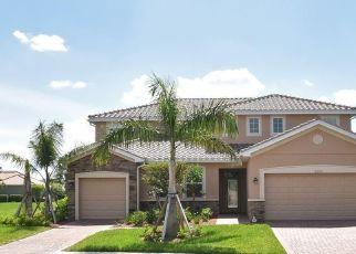 Pre Foreclosure in Naples 34120 SATSUMA LN - Property ID: 942168959