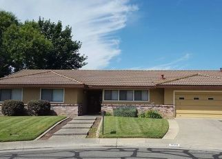 Pre Foreclosure in Elk Grove 95624 HUME CT - Property ID: 942633645