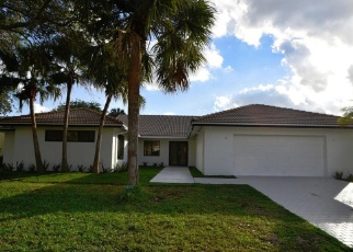 Pre Foreclosure in Delray Beach 33445 WHITE CEDAR LN - Property ID: 943746980