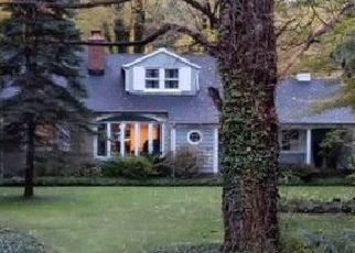 Pre Foreclosure in Gates Mills 44040 MAYFIELD RD - Property ID: 944404813