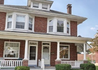 Pre Foreclosure in Reading 19609 CLEVELAND AVE - Property ID: 947794733