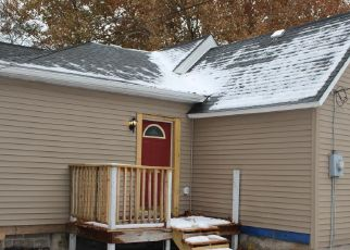 Pre Foreclosure in Springfield 62703 S 15TH ST - Property ID: 951052369