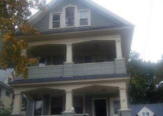 Pre Foreclosure in Staten Island 10301 VICTORY BLVD - Property ID: 951403187