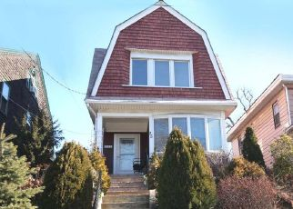 Pre Foreclosure in Staten Island 10310 DONGAN ST - Property ID: 951438225