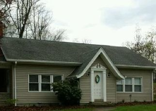 Pre Foreclosure in Zanesville 43701 EAST PIKE - Property ID: 952100895