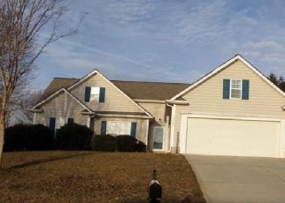 Pre Foreclosure in Huntersville 28078 CHENAULT DR - Property ID: 952297540