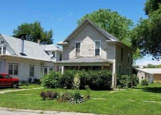 Pre Foreclosure in Lincoln 68504 LEIGHTON AVE - Property ID: 953077115